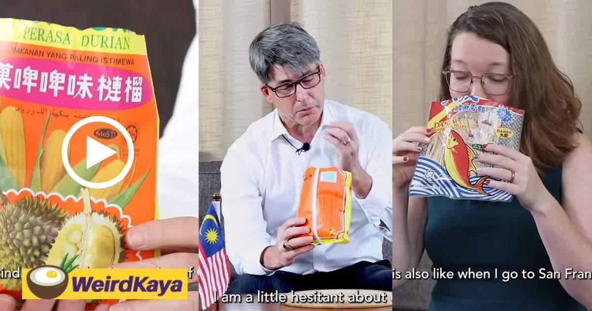 US Embassy Tries Malaysian Childhood Snacks